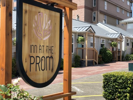 Inn at the Prom - Hotel Signage